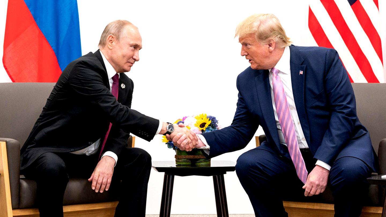 DonaldTrump und Wladimir Putin bei einem bilateralen Treffen während des G20-Gipfels in Japan 2019