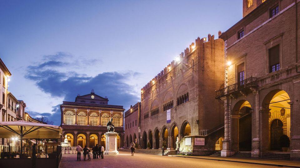 Zentraler Platz in Rimini