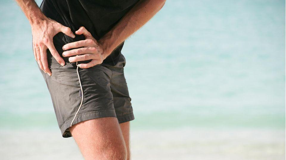 Die Diagnose: Er hat Schmerzen in den Leisten, Operationen machen es nicht besser – erst ein Spezialist kann helfen