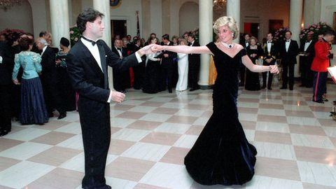 John Travolta und Lady Di bei ihrem Tanz im Weißen Haus im November 1985