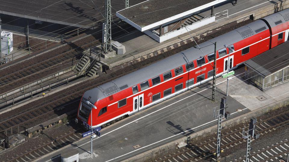 Regionalbahn in Köln-Deutz