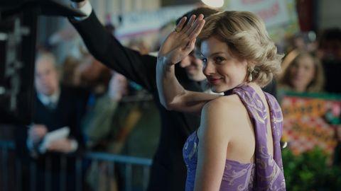 Emma Corrin als Diana