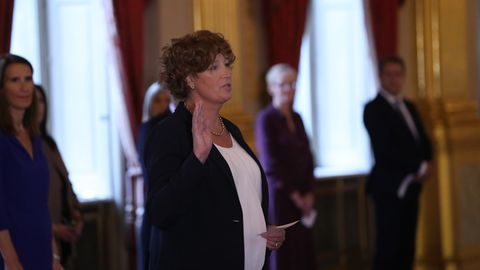 Petra De Sutter bei ihrem Amtseid