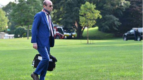 Stephen Miller, Seniorberater von US-Präsident Donald Trump, auf dem Weg zum Weißen Haus.