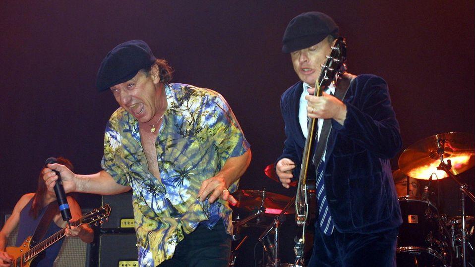 AC/DC veröffentlichen neues Album: Brian Johnson und Angus Young bei einem Konzert in New York