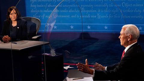 Kamala Harris und Mike Pence während des TV-Duells