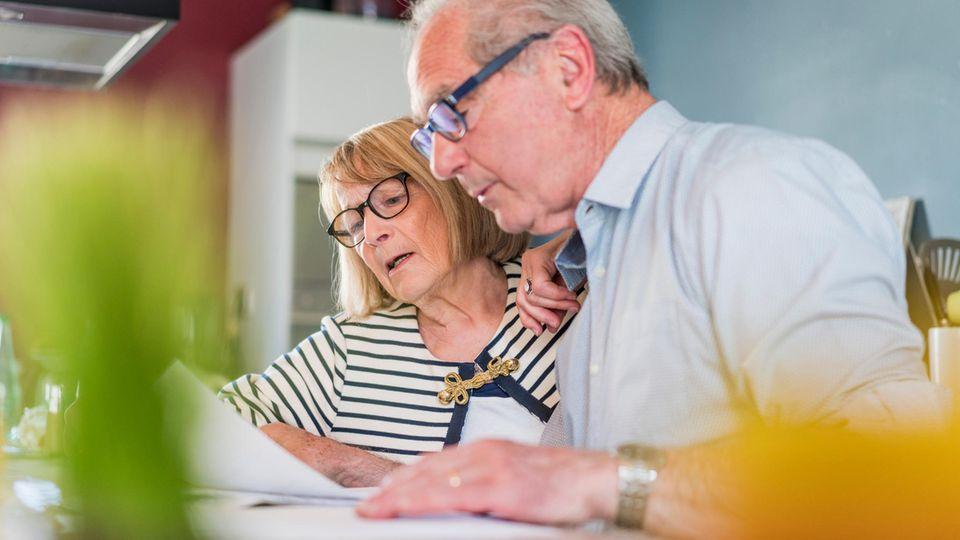 Abgaben an den Fiskus reduzieren: Steuern sparen in der Rente - das sind die sechs wichtigsten Tricks für Senioren