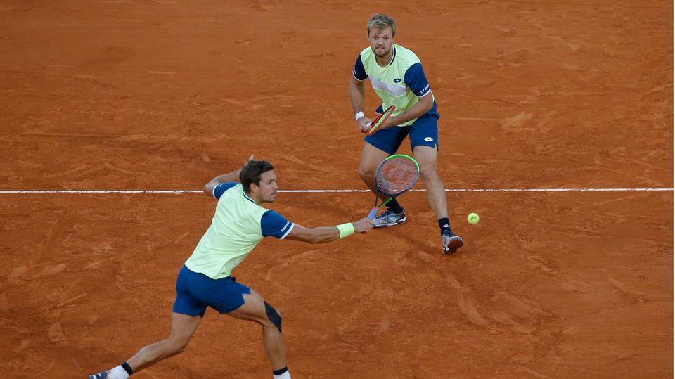 Kevin Krawietz (r) und Andreas Mies aus Deutschland in Aktion