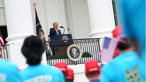 US-Präsident Donald Trump spricht zu Anhängern vor dem Weißen Haus