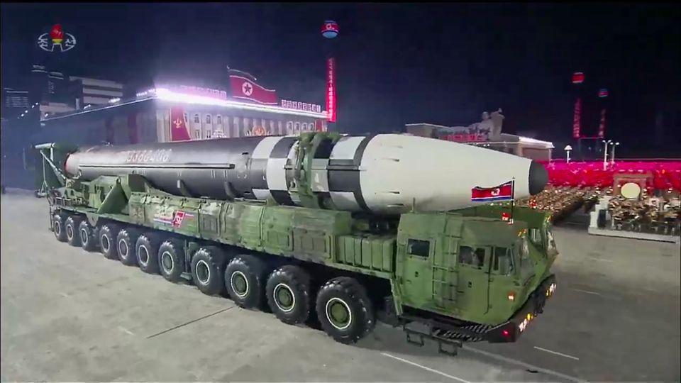 Die neue Rakete erhielt auch eineneue mobile Startanlage - offenbar aus heimischer Produktion.