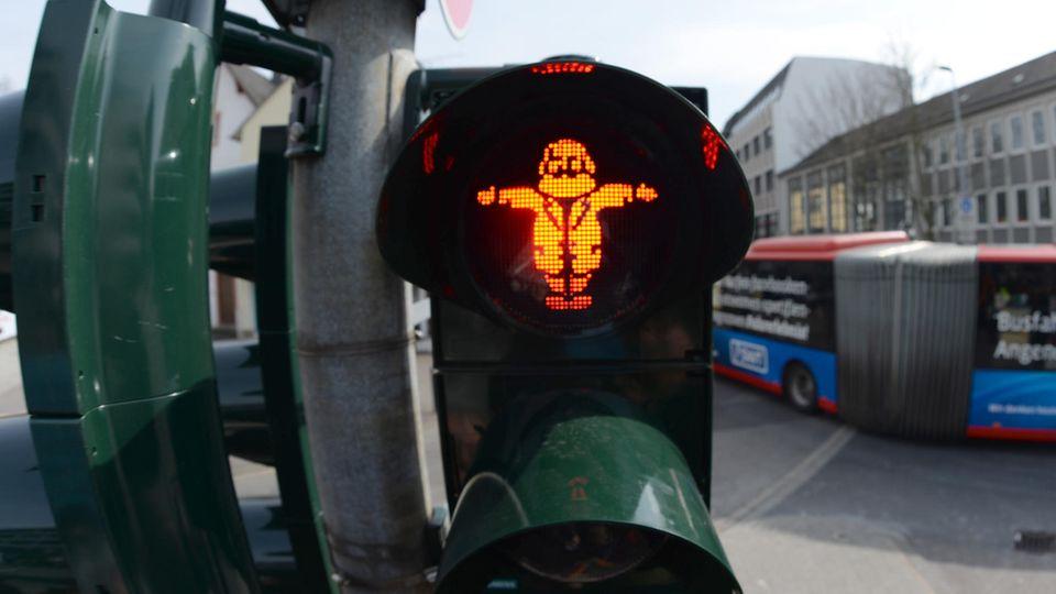 Der gebürtige Trierer Karl Marx als Symbol einer Ampelanlage