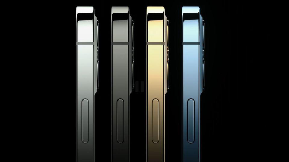 Das iPhone 12 Pro und das iPhone 12 Pro Max sind in den klassischen Farben Graphit, Silber und Gold erhältlich. Das neue Pazifikblau ersetzt den edlen Grünton des letzten Jahres. Schick: der eingefärbte Edelstahlrahmen glänzt in der jeweiligen Farbe