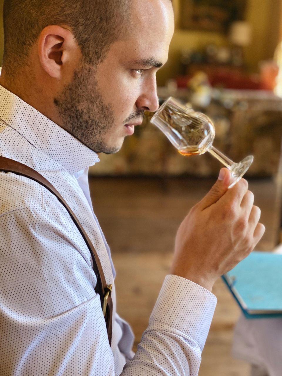 Nicolas Kröger ist ein gefragter Rum-Experte und Brennmeister.