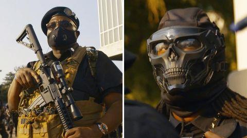 Links trägt ein Schwarzer Uniform, Barett und Sturmgewehr, rechts hat ein Kämpfer eine Gesichtsmaske in Form eines Schädels
