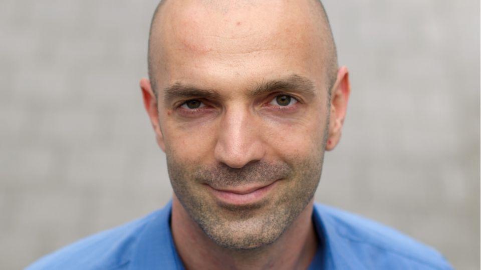 Jonas Schmidt-Chanasit
