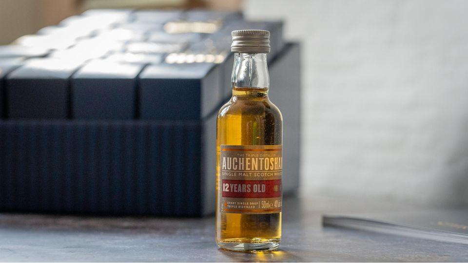 Ho, Ho, Hochprozentig: 24-mal Gin, Whisky & Co: Lohnt sich der Spirituosen-Adventskalender von Amazon?