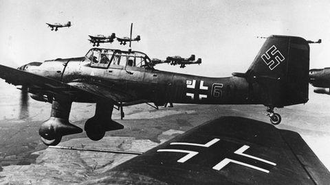 In der Luftschlacht um England veranstalten die Briten Scheibenschießen auf langsameMaschinen.