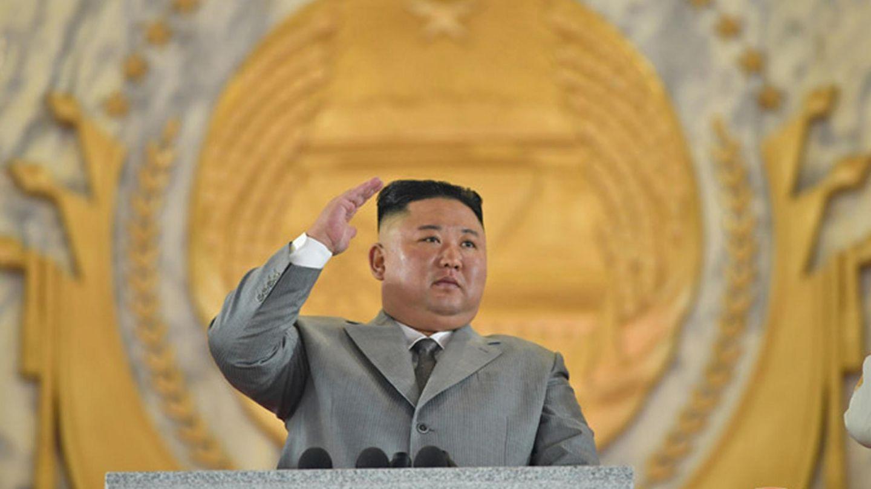 Kim Jong-un bei einer Militärparade 2020.