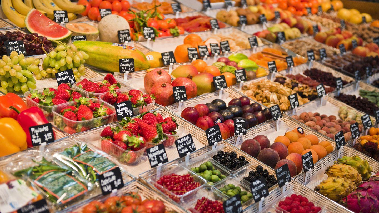 Laut Experten gehören möglichst viel Gemüse und Obstauf den Tisch