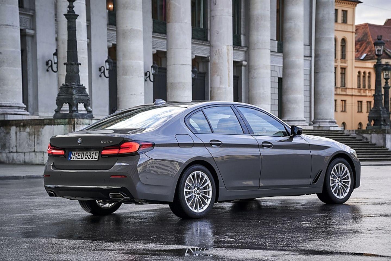 BMW 530e 2021