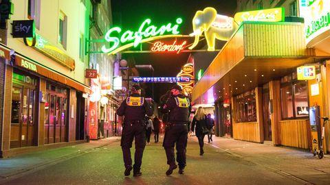 Gewalt und Pöbeleien gegen Polizisten: Akzeptanz für Corona-Regeln schwindet