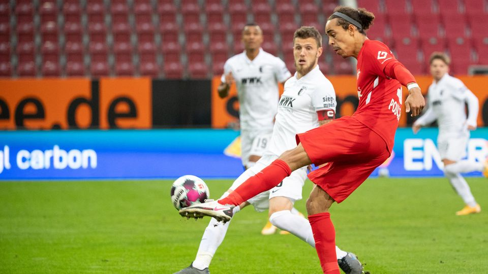 Bundesliga in star-Check: Yussuf Poulsen sends the Ball in the direction of the Augsburger Tor