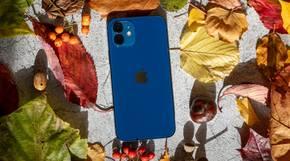 Das iPhone 12 gibt es in der Farbe Blau