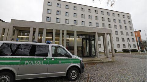 Nachrichten aus Deutschland – Kripobeamter in Traunstein verurteilt