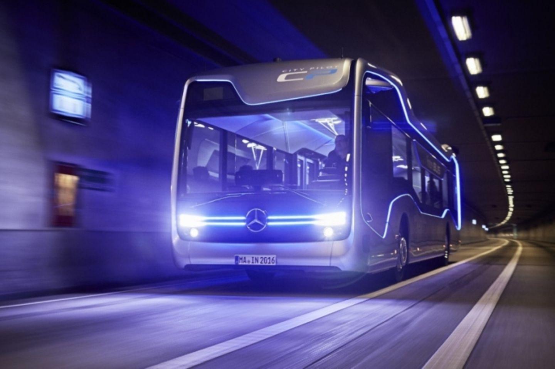 Ende 2022 / Anfang 2023 soll ein Mercedes Brennstoffzellen Bus auf den Markt kommen