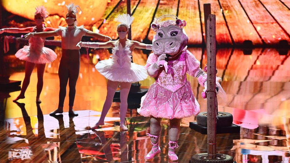 """Ein singendes Nilpferdauf der Bühne: Die neue Staffel derProSieben-Show """"The Masked Singer""""ist gestartet"""