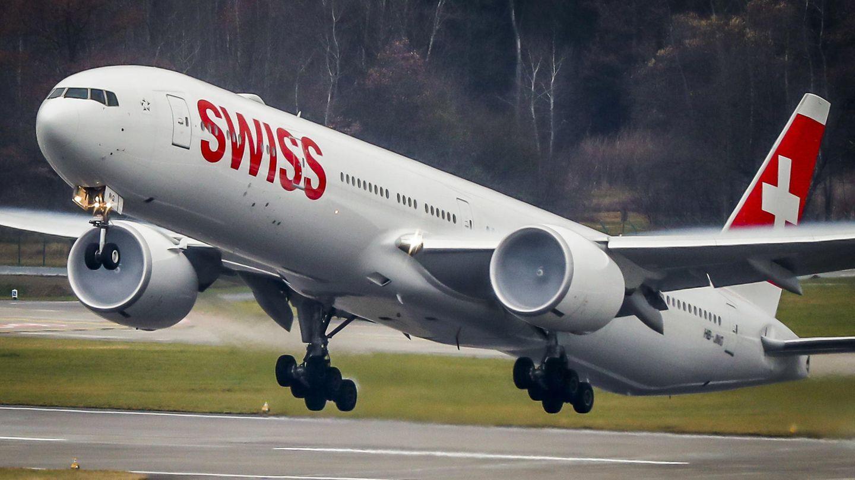Das Flaggschiff der Swiss: eine Boeing 777-300ER beim Start
