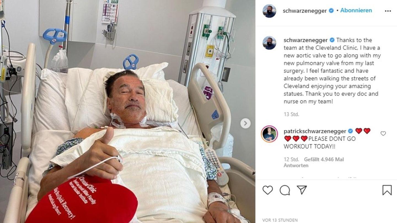 Arnold Schwarzenegger nach einer Herz-OP im Krankenhausbett