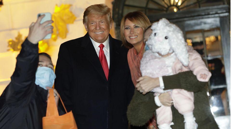 US-Wahlkampf : Trump spielt Corona herunter – doch die Amerikaner glauben ihm nicht mehr