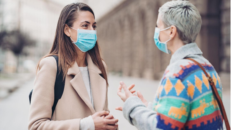 Die Kommunikation mit Maske während der Corona-Pandemie