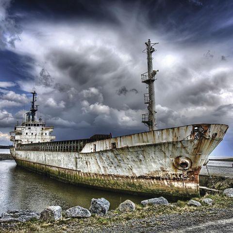 Schiffe, Autos, Loks und Jets: Ausrangiert und zurückgelassen: Das sind die faszinierendsten Wracks weltweit