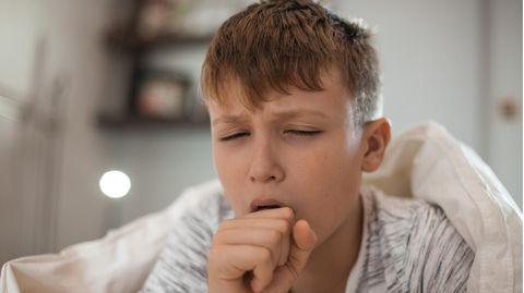 Die Diagnose: Der Junge hustet, dann wird er ohnmächtig. Dahinter steckt ein bedrohlicher Mitbewohner