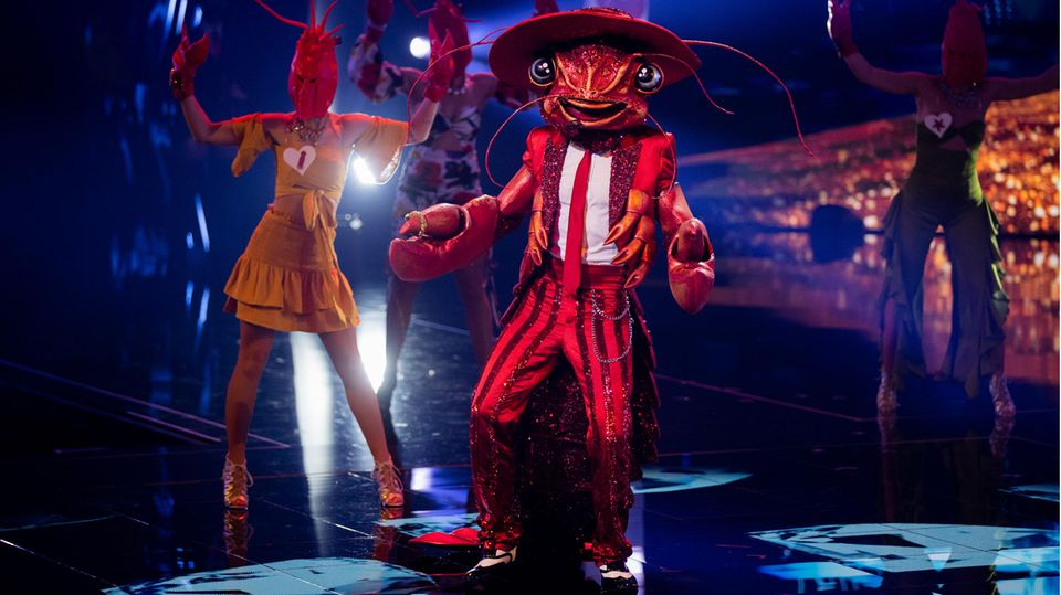 """Der Hummerauf der Bühne der Prosieben-Show """"The Masked Singer"""""""