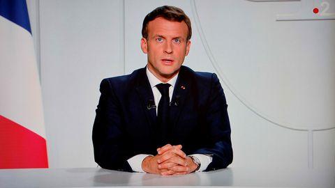 Emmanuel Macron hält eine Fernsehansprache an seine Nation