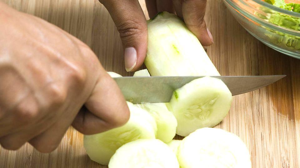 Mit diesem Gegenstand in Ihrem Küchenschrank werden Messer wieder scharf