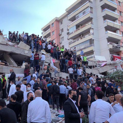 Stärke 6,6: Schweres und Tsunami in der Ägäis: Mindestens acht Tote in der Türkei und auf Samos
