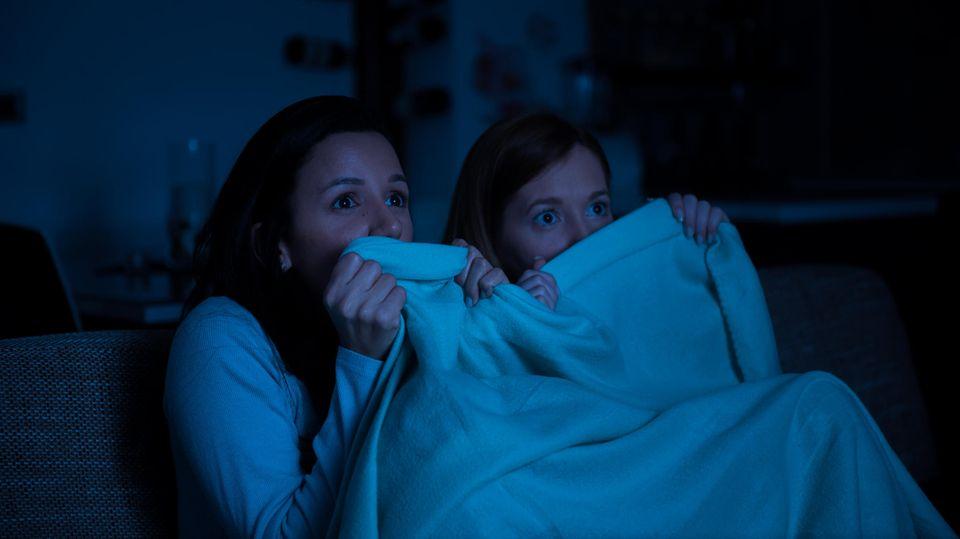 Horrorfilme sollte man am besten nicht alleine gucken