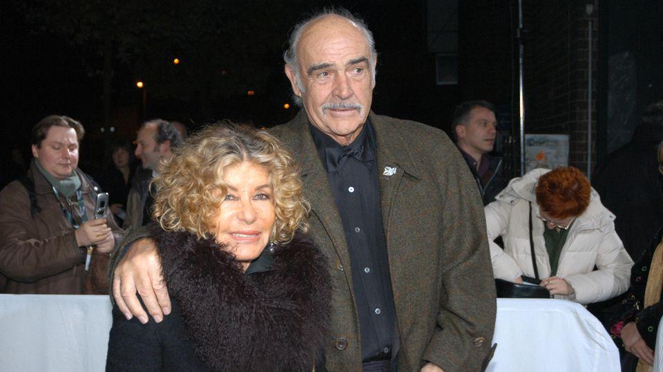 Micheline Roquebrune und Sean Connery
