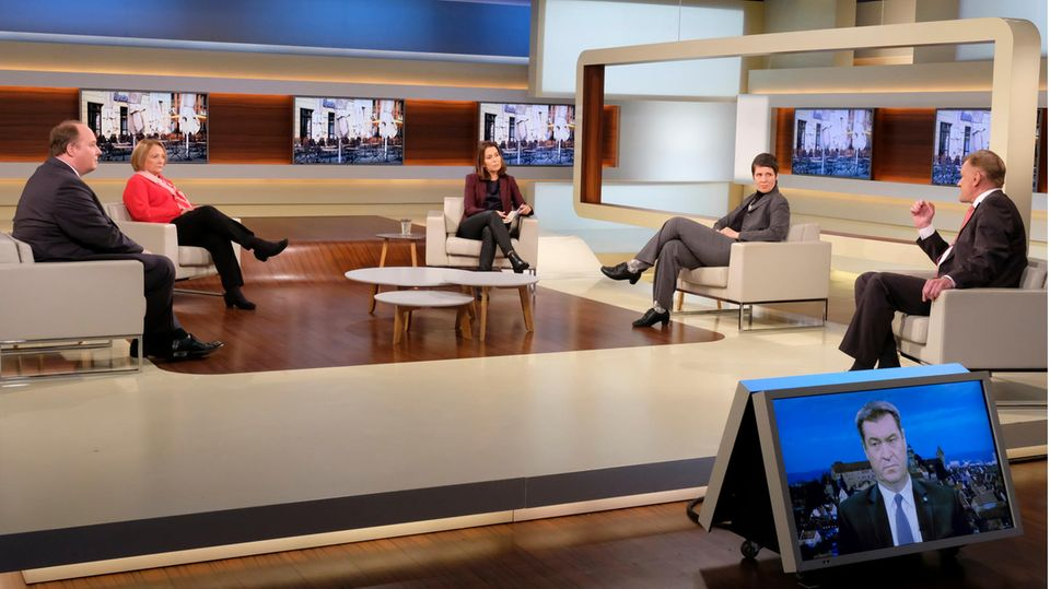 """TV-Kritik """"Anne Will"""": Anne Will und ihr Gäste im Studio"""