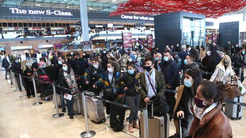 Gleich am ersten Tag herrscht im Terminal 1 dichtes Gedränge