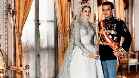 Hochzeitsfoto von Schauspielerin Grace Kelly mit Fürst Rainier III. von Monaco