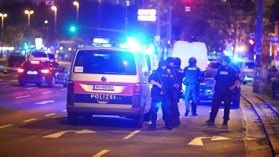 Anschlag Wien: Polizei am Schwedenplatz