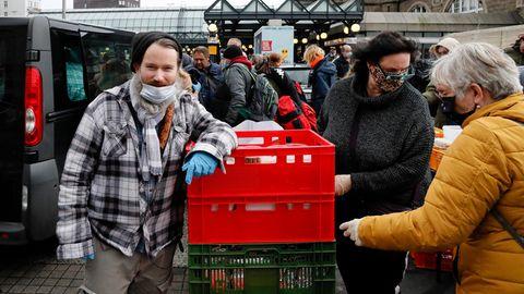Max Bryan hilft Obdachlosen