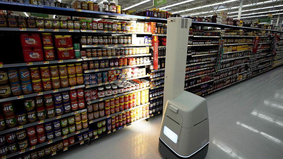 Digitalisierung: Walmart wollte Jobs mit Robotern ersetzen – und wirft sie nun wieder aus den Läden