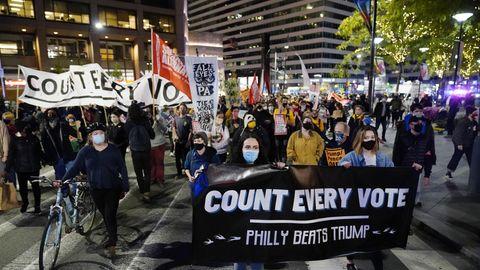 Entscheidender Staat Pennsylvania: Drinnen wird gezählt – draußen demonstriert. So erlebt unser Korrespondent die Wahlschlacht