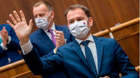 Slowakei: Politiker dürfen durch Betrug erlangte Studientitel behalten